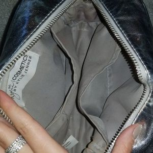 Kylie Cosmetics Makeup - Kylie Jenner makeup bag limited addition